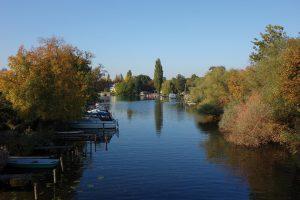 Bei einer Bootsfahrt durch das Neu-Venedig von Köpenick ist ein idyllisches Paradies zu entdecken. © M. Schmidt