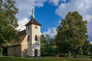 Dorfkirche Alt-Reinickendorf © ebenart / Fotolia.de