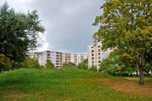 Wohnungsbauten im Falkenhagener Feld – alles etwas intimer und vor allen Dingen grüner. © N. Bettac